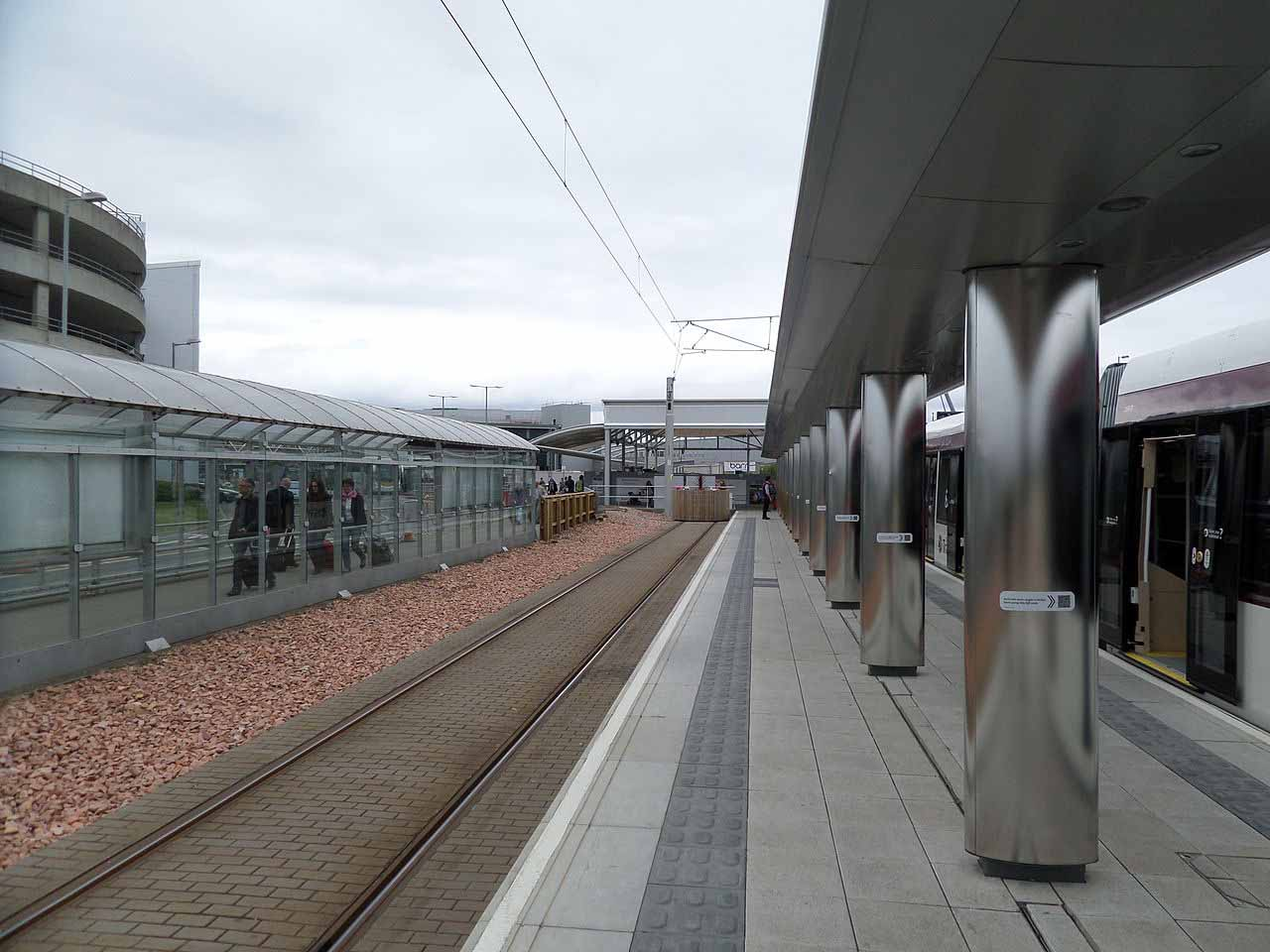 Edinburgh Airport tram terminus - looking north