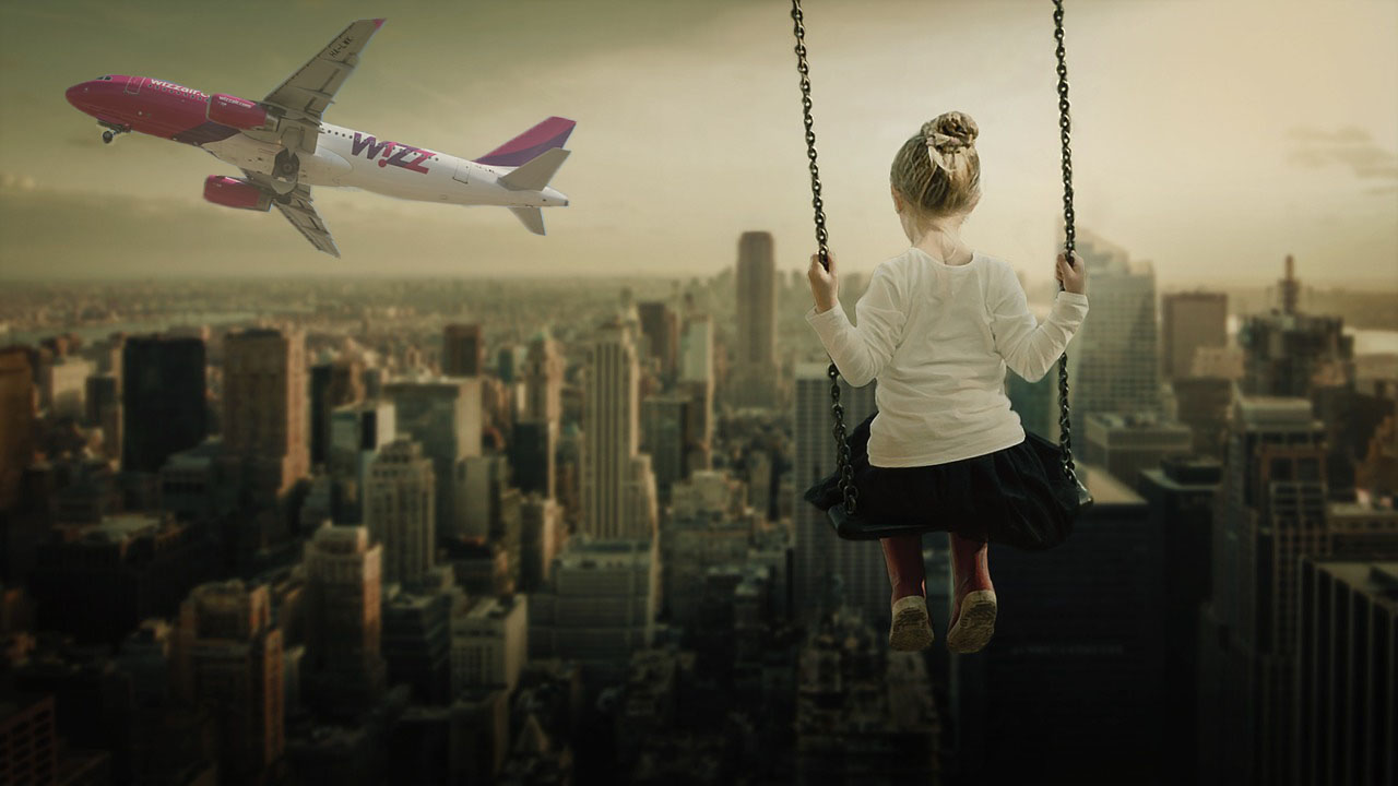Children with Wizz Air
