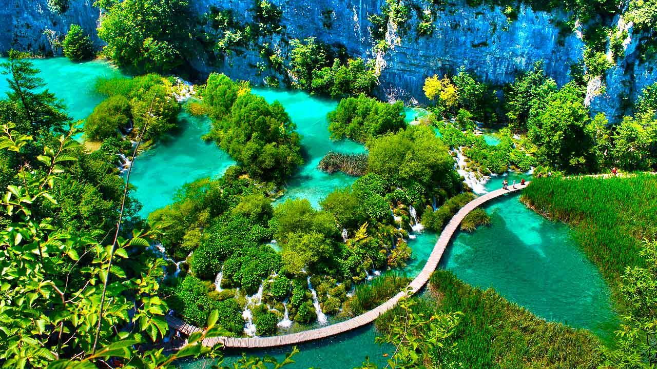 Where Can I Rent A Car >> What to do and see in the Plitvice Lakes Park. Getting there by bus