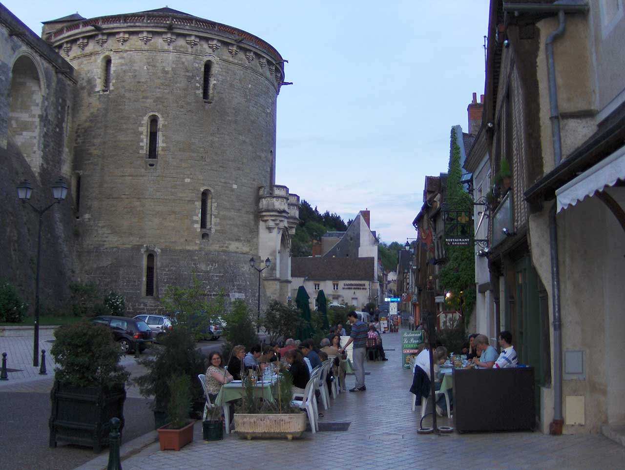 Move to Amboise