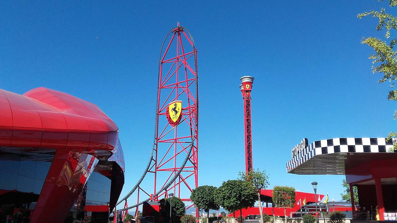 Ferrari Land Vue d'ensemble